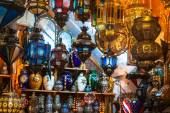 Traditional  glass and metal lamps in shop in the medina of Tuni — Stock Photo