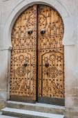 Typical local door of traditional home Tunis, Tunisia — Stock Photo