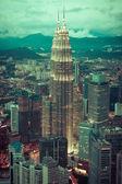 Kuala Lumpur,Malaysia,December 19,2013:KL Petronas Towers at nig — Stock Photo