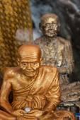 Buddha statues on the tiger cave temple near krabi ,thailand — Zdjęcie stockowe