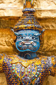 Guards on the base level of stupa in Wat Phra Keo, Thailand — Stock fotografie