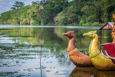 Thai traditional  boats on the lake near,Bayon temple in Angkor — Stock Photo