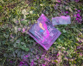 Detail of a powder packet at the Color Run 2014 in Milan, Italy — Stock Photo