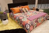 Missoni double bed on display at HOMI, home international show in Milan, Italy — Stock Photo