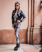 Woman posing outside Byblos fashion shows building for Milan Women's Fashion Week 2014 — Foto de Stock