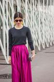 Woman outside Jil Sander fashion shows building for Milan Women's Fashion Week 2014 — Stock Photo