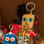 Vintage tinplate robots on display at HOMI, home international show in Milan, Italy — Foto de Stock