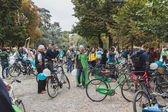 People taking part in the Ice Ride 2014 in Milan, Italy — Stock Photo