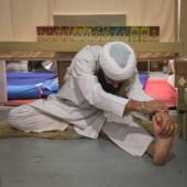 Yogi practicing at Yoga Festival 2014 in Milan, Italy — Stock Photo