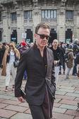 Milan erkekler moda hafta 2015 için bina dış Gucci defile insanlar — Stok fotoğraf