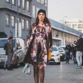People outside Dirk Bikkembergs fashion show building for Milan Men's Fashion Week 2015 — Stock Photo