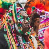People from Bolivia in their traditional clothing at Expo 2015 i — Stock Photo