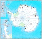 Pinned countries flags on Antarctica map — Stock Vector