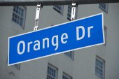 LA Hollywood Orange Drive street sign — Photo
