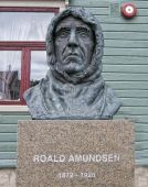 Roald Amundsen Statue in Tromso, Norway — Stock Photo