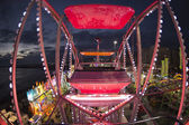 Fun Fair Carnival Luna Park panoramic wheel — Stock Photo