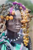 Beautiful girl from Mursi tribe — Foto Stock