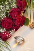 Red Roses - Valentines day — Stock Photo