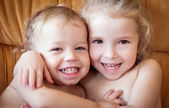 Happy little brother and sister — Stock Photo