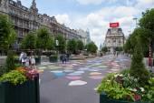 Брюссель «Место de Brouckere» в настоящее время автомобиль бесплатно — Стоковое фото