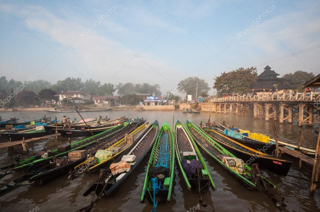 Temple , Inle Lake In Myanmar (Burmar) Stock Photo - Image: 42228181