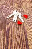 Keys and hearts — Stock Photo
