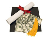 Graduation Hat With Money on Top Of Mortar Board — Stockfoto