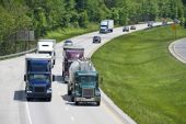 Big Interstate Scenic Highway With Traffic — Stock Photo