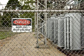 Danger, High Voltage Keep Out Sign — Stock Photo