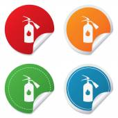 Fire extinguisher sign icon. Fire safety symbol. — 图库矢量图片
