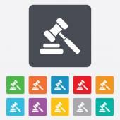 Auction hammer icon. Law judge gavel symbol. — Cтоковый вектор