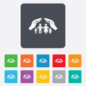 Family life insurance sign icon. Hands protect. — Stock Vector