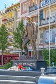 Statue of Zahir Pajaziti in Pristina — Stock Photo