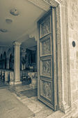 Supetar church door — Stock Photo