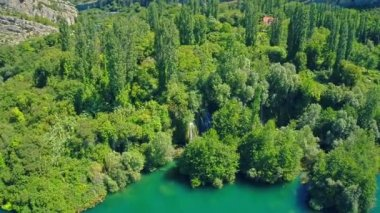 Roski Slap waterfall on river Krka, aerial shot — Stock Video