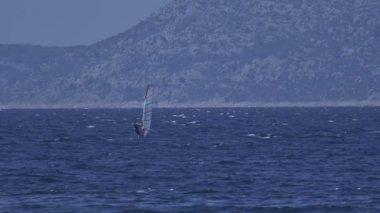 Primosten windsurfing — Stock Video