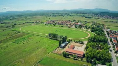 Hippodrome Sinj with surronding, aerial shot — Stock Video
