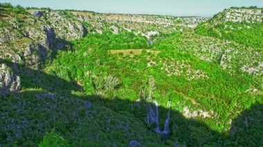 Manojlovac Wasserfall Fluss Krka — Stockvideo