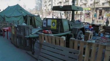 Field kitchen from Euromaidan Revolution — Stock Video