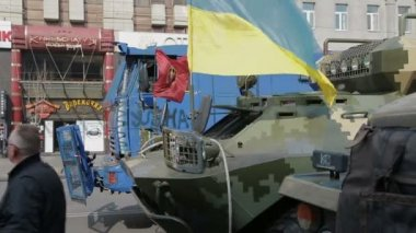 Police and military transporter truck - Euromaidan revolution in Kiev — Wideo stockowe