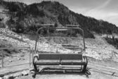 Abandoned chairlift in Whistler mountains. British Columbia. Can — Zdjęcie stockowe