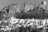 Traditional village with white facades in Cadiz, Andalusia. Spai — ストック写真