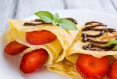 Pancake con fettine di fragole — Foto Stock