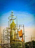 Seated Buddha Image Under Construction — Stock Photo