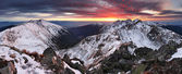 Majestic sunset in winter mountains — Stock Photo