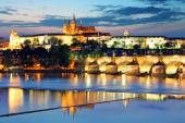 Prague castle and Charles bridge — Stock Photo