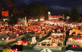 Cmentarz w nocy — Zdjęcie stockowe