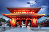 Sensoji-ji Red Japanese Temple in Asakusa, Tokyo, Japan — Stock Photo