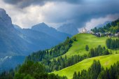 Church in Dolomites alps countryside meadow mountain — Stock Photo