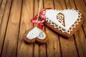 Homemade gingerbread heart-shaped — 图库照片